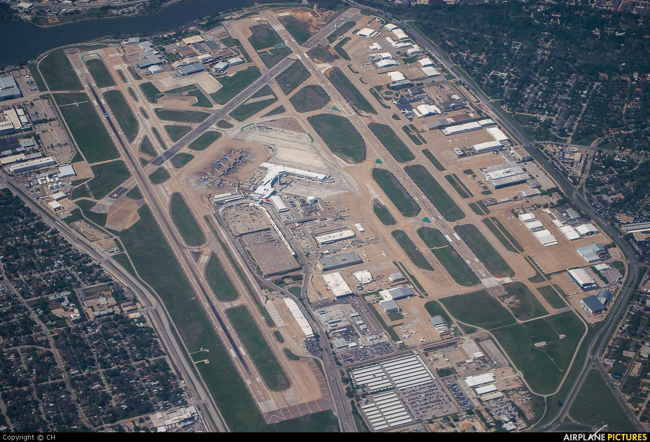 New International Airport Map | BeamNG