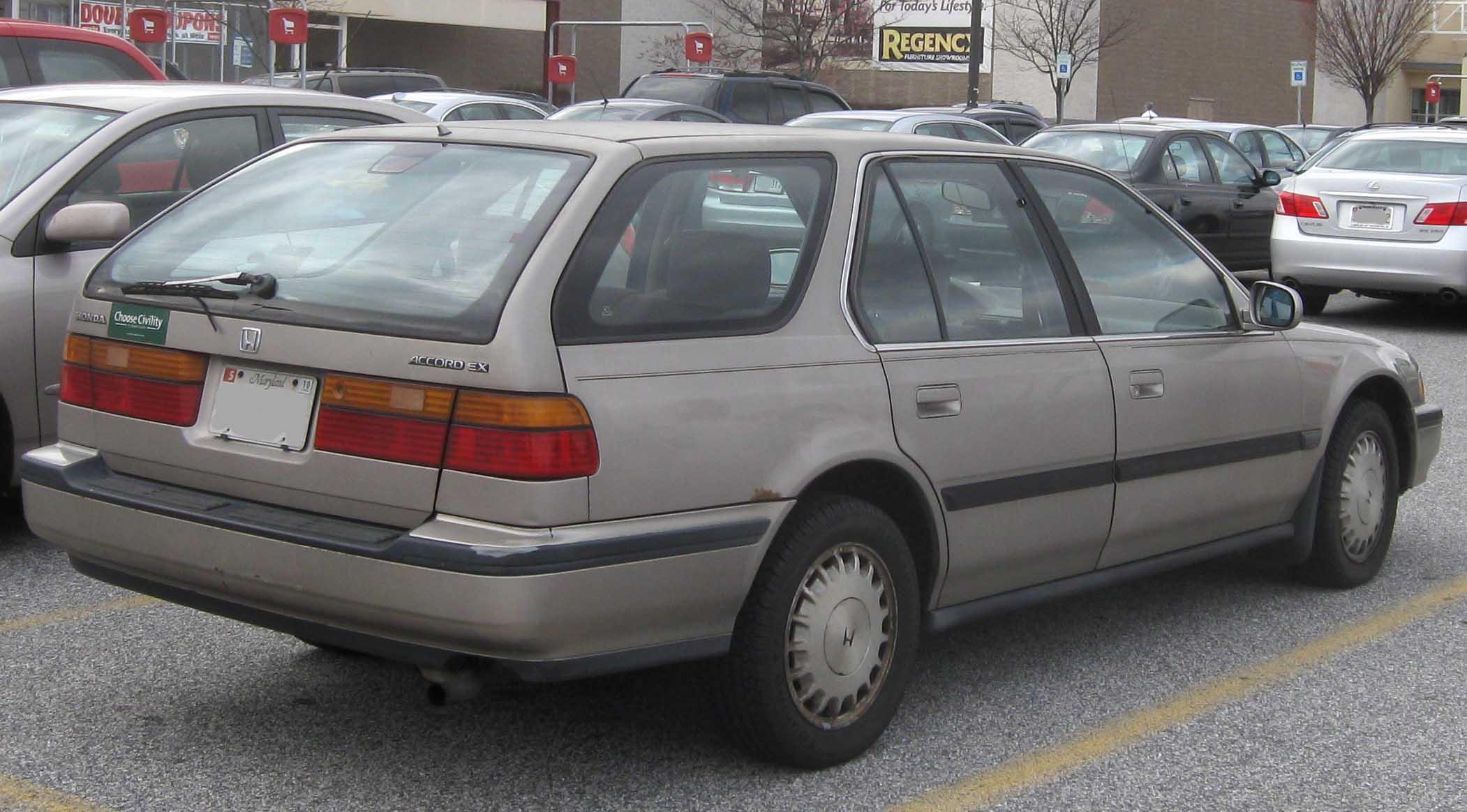Kelebihan Honda Accord 1990 Tangguh